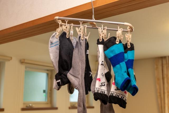 洗濯物は間隔を空けよう